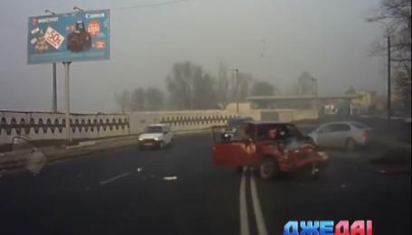Водитель со Львова зарекся говорить по мобильному за рулем