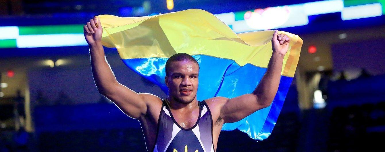 Українські борці стали найкращими у світі за підсумками 2015 року