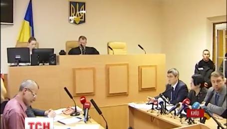 В Печерском суде Киева сегодня рассматривают ходатайство адвокатов Геннадия Корбана