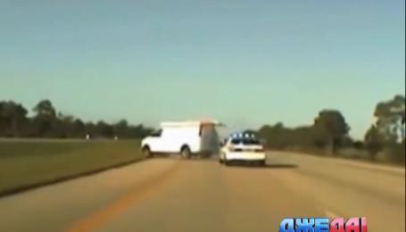 Как недоеденный пончик ускорил задержание похищенной машины