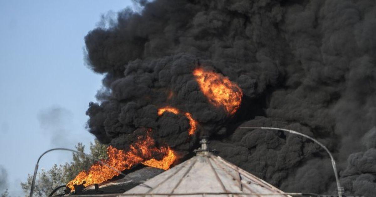 Под Киевом произошел взрыв на нефтебазе