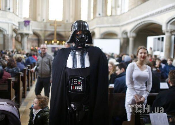 """У німецькій церкві організували службу для фанатів """"Зоряних воєн"""""""