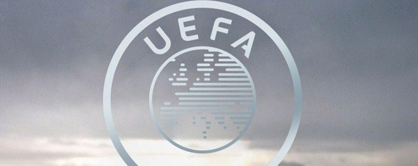 УЄФА підтримав забаненого Платіні та готує апеляцію