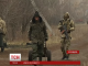 """Користуючись перемир'ям, українські військові допомагають місцевим вижити у """"сірій зоні"""""""