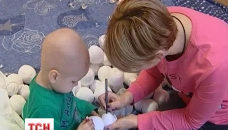 Игрушечные снеговики спасают жизнь онкобольному ребенку