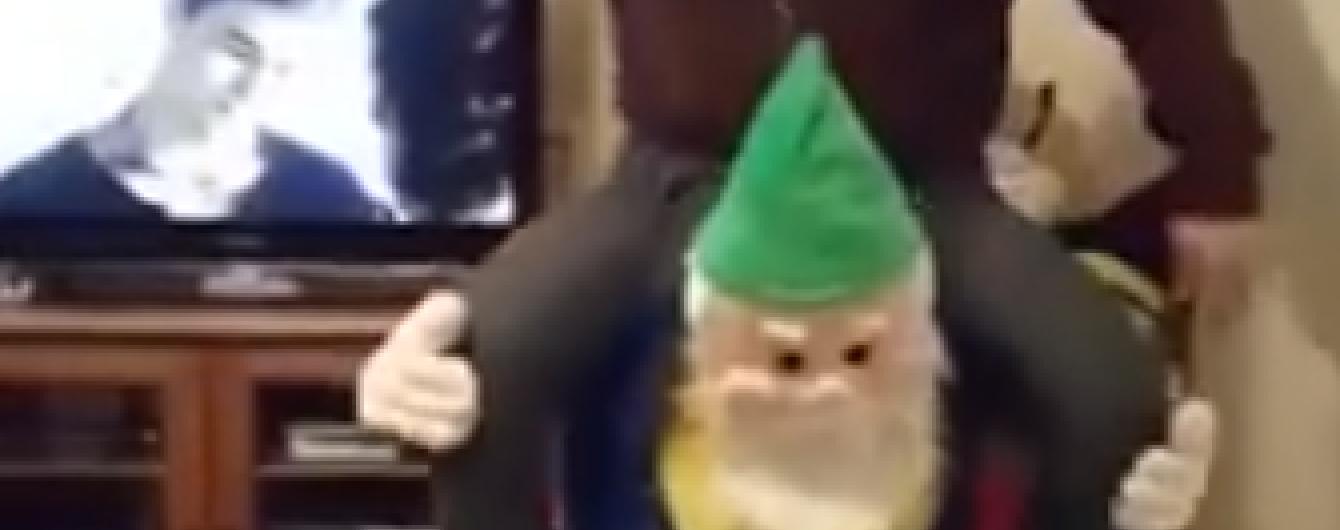 В Англії батько налякав свою доньку костюмом ельфа