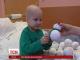 Чотирирічний Андрійко заробив на власне лікування і тепер допомагає іншим