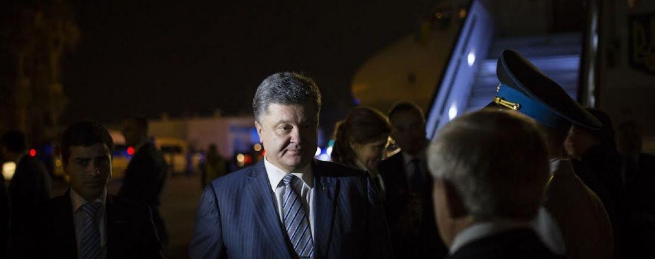 Порошенко висунув три варіанти вирішення кризи у владі і кандидатів на місце Яценюка