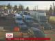 Майже сім сотень автівок стоять у чергах на виїзді з України в Польщу