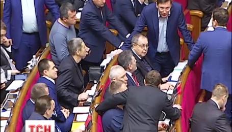 Рада приняла законопроект об императивном мандате
