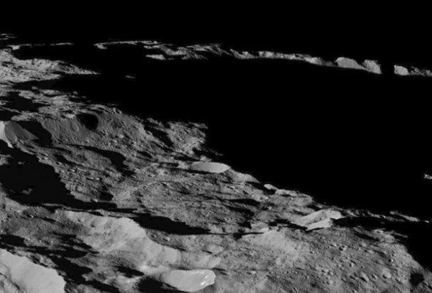 Астрономи отримали нові фото Церери
