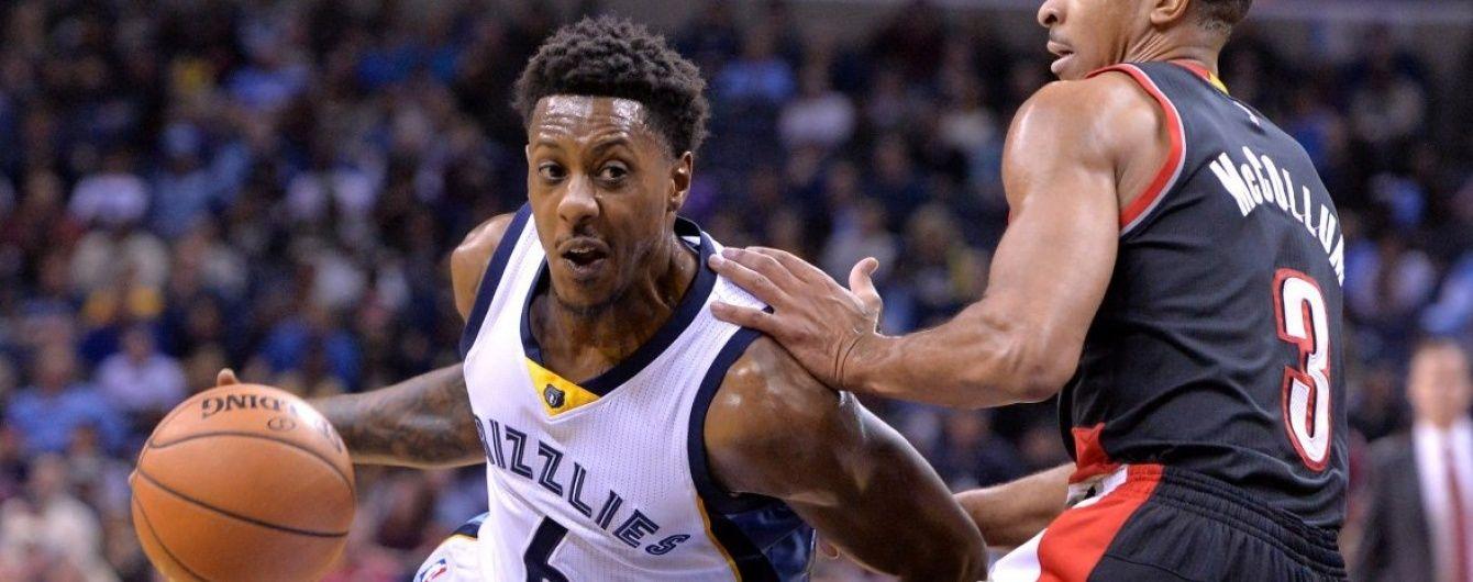 Гравець клубу НБА попросив арбітра вилучити його з паркету