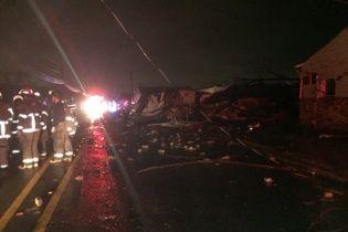 Американською Алабамою пронісся руйнівний торнадо