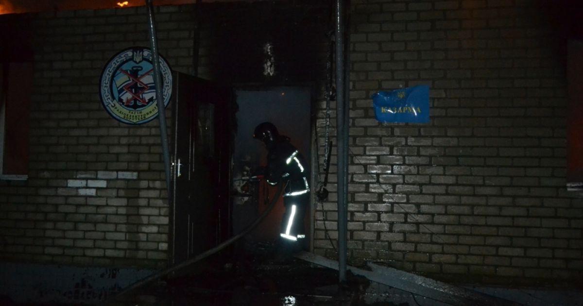 В Одесской области дотла сгорела казарма воинской части