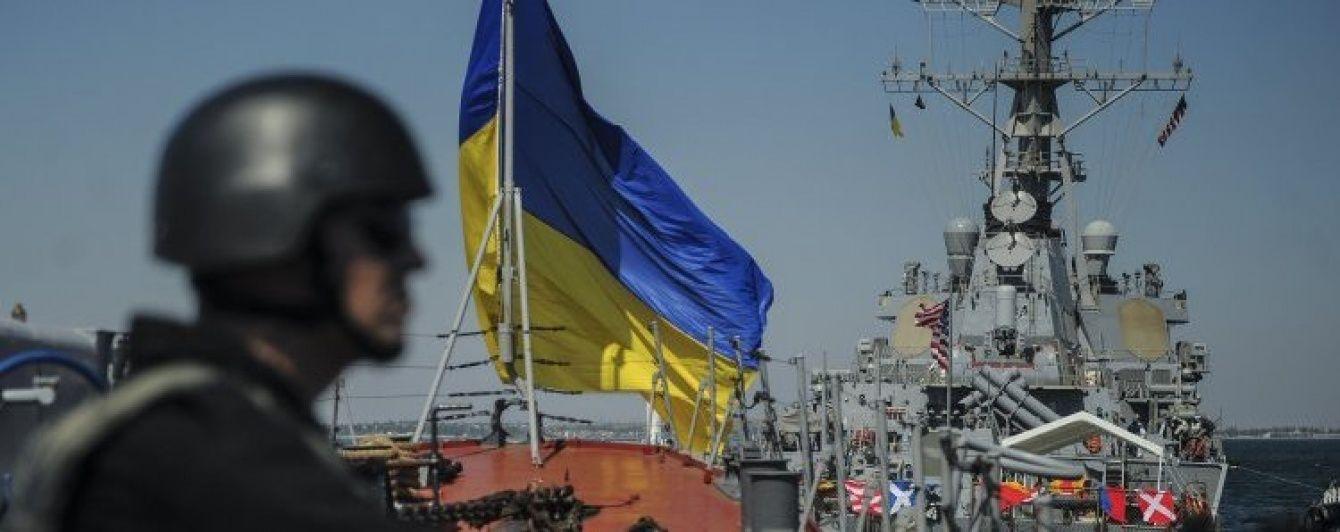 Порошенко офіційно дозволив допуск в Україну збройних сил США та НАТО
