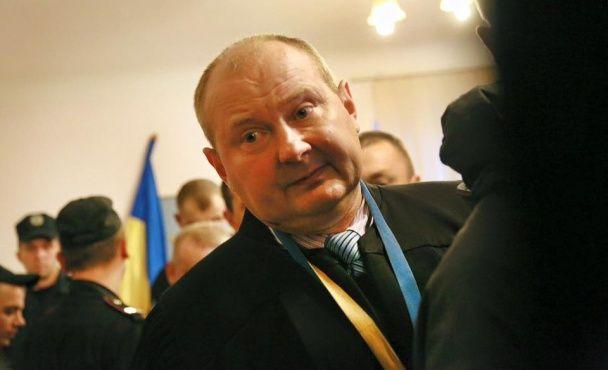 Скандальний суддя у справі Корбана Чаус поки що залишається на своїй посаді