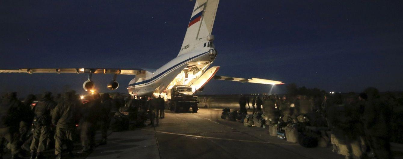Росія на літаках перекидає спецпризначенців до кордонів України