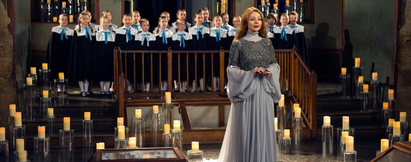 """Телеканал """"1+1"""" презентував новий тизер фільму """"Різдвяна історія з Тіною Кароль"""". Прем'єра на ТСН.ua"""