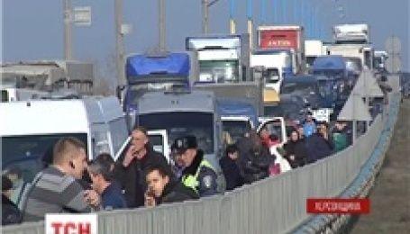 Аграрии Херсонщины перекрыли Мелитопольскую трассу в двух местах