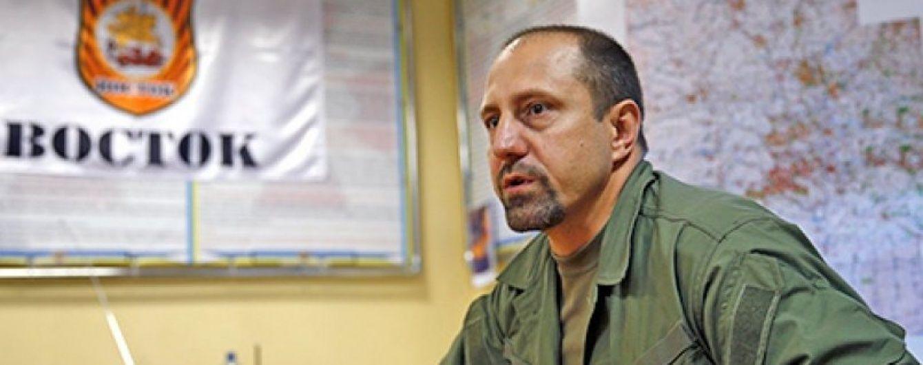 Сепаратист Ходаковський визнав, що бойовики ведуть артилерійський вогонь з житлових кварталів
