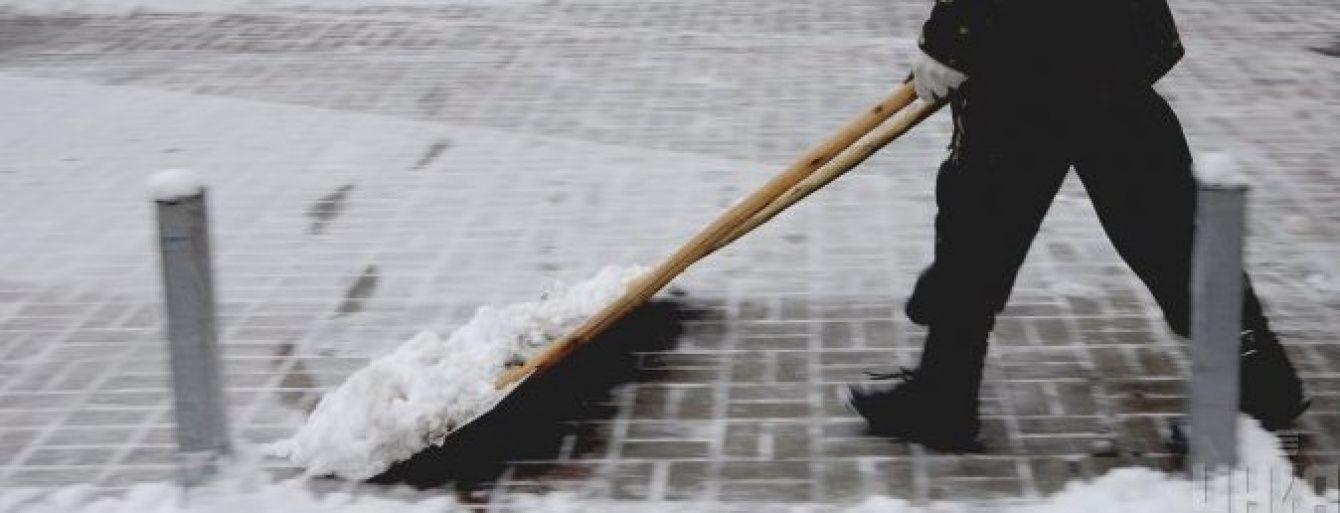 Автомобілістів України попередили про сильну ожеледь на різдвяні свята