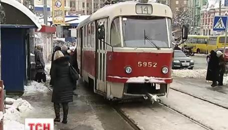 В новогоднюю ночь столичный транспорт будет перевозить пассажиров до четырех утра