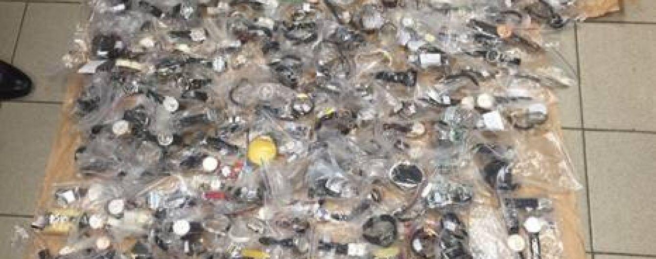 СБУ вилучила під Києвом партію контрабандних годинників на мільярд гривень
