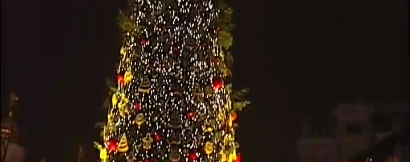 Новый год на Софийской площади встретили 70 тысяч украинцев