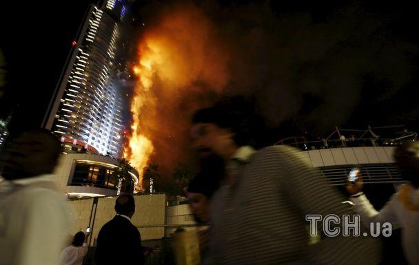Новорічна пожежа в Дубаї: як горів розкішний готель-хмарочос (фото, відео)