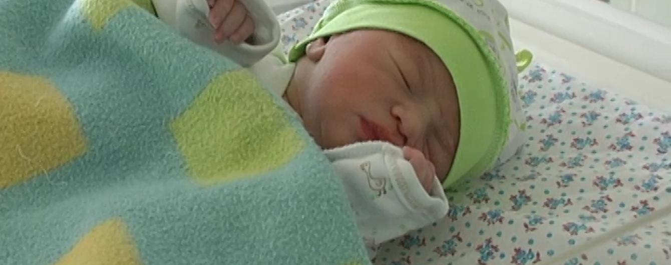 Перша дитина 2016 року в Україні з'явилася на світ на першій його хвилині