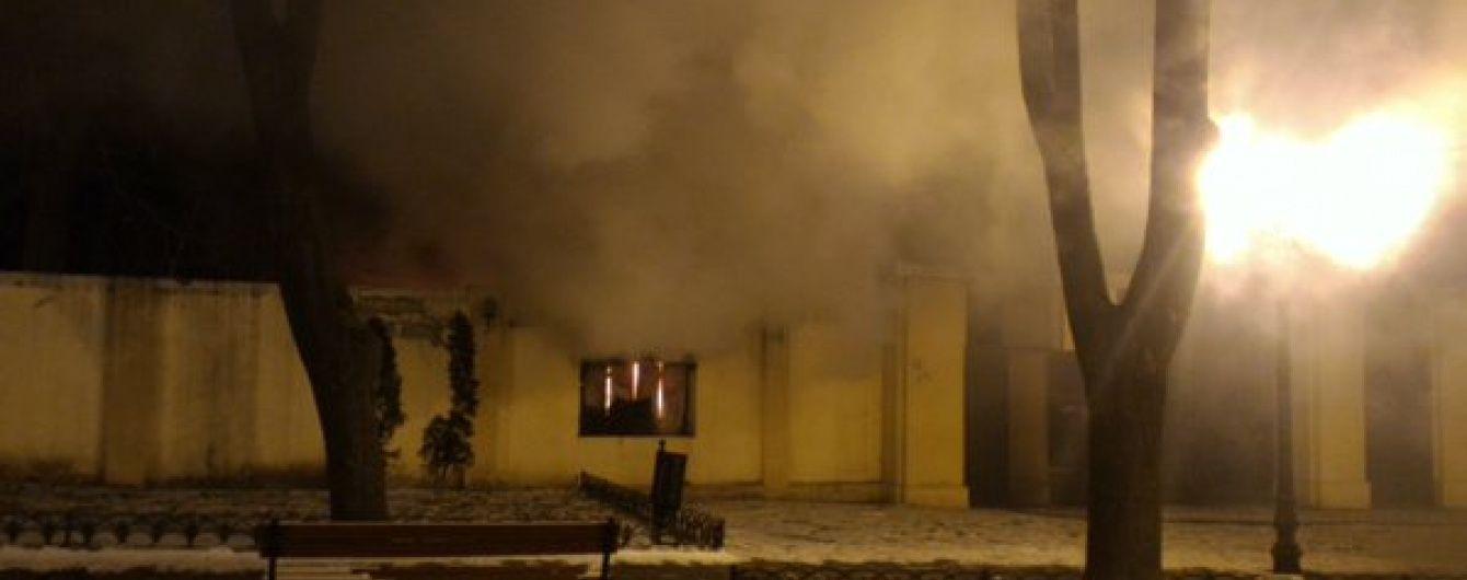 З'явилися подробиці пожежі в літньому театрі Одеси