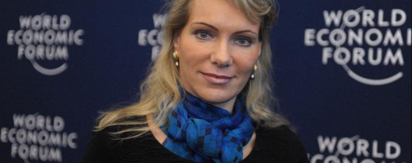 Швейцарська мільярдерка завагітніла двійнятами у 53-річному віці