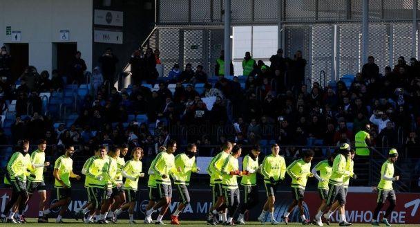 """На перше тренування Зідана в """"Реалі"""" прийшли подивитися 6 тисяч фанів"""