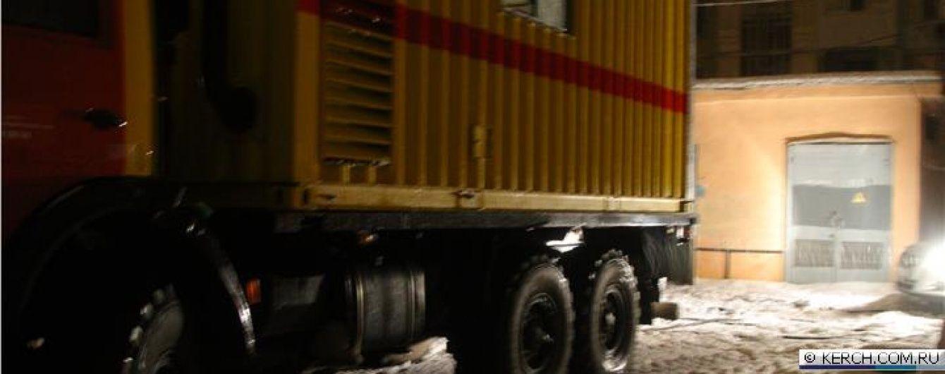 У трьох містах Криму проблеми зі світлом через аварії на підстанціях і ліній передач