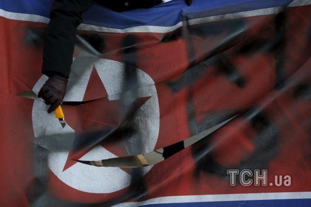 Південна Корея протестує проти ядерних випробувань у КНДР та викочує танки до кордонів