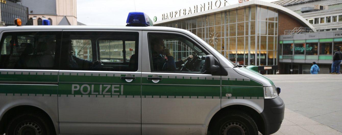 Німецька поліція повідомила про 16 підозрюваних у нападах на жінок у Кельні