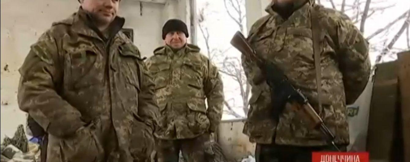 У Пісках українські бійці колядують і мріють зустріти наступне Різдво з родинами