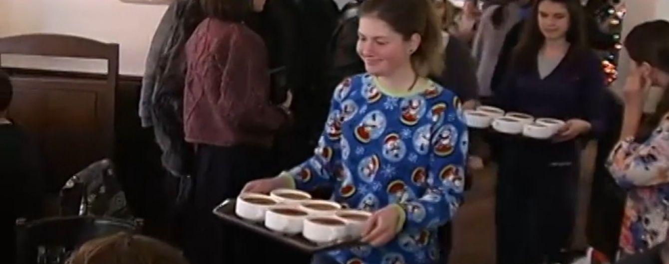 На Різдво в Україні святковими кутею та борщем нагодували тисячі безхатченків