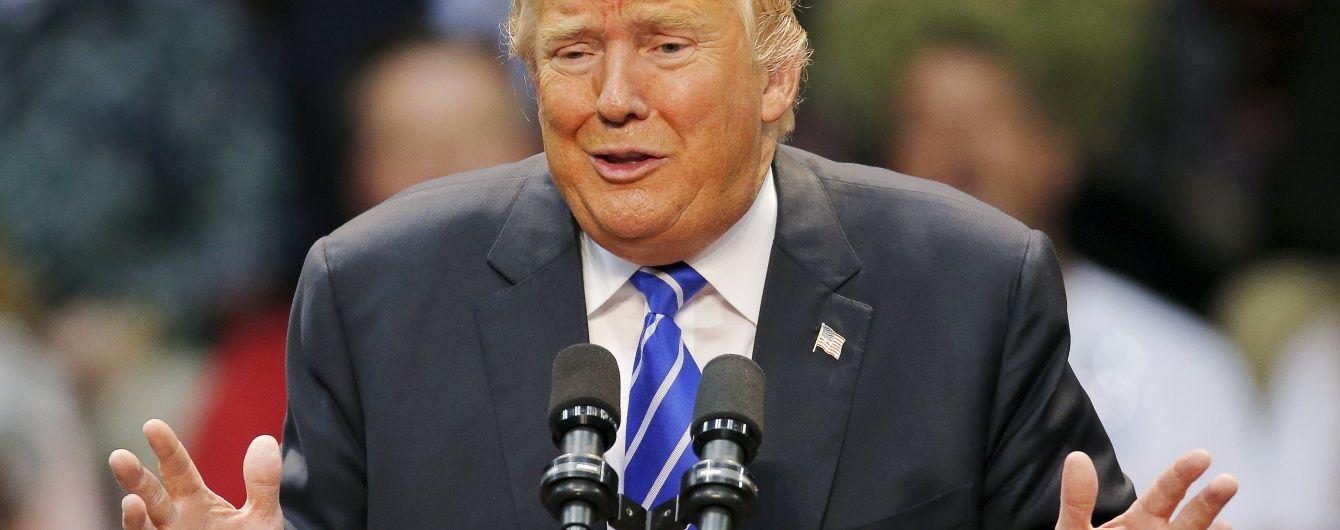 Трамп розповів про свої добрі стосунки з Богом