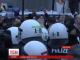 """Мітингувальників у Кельні """"вгамували"""" за допомогою водометів"""