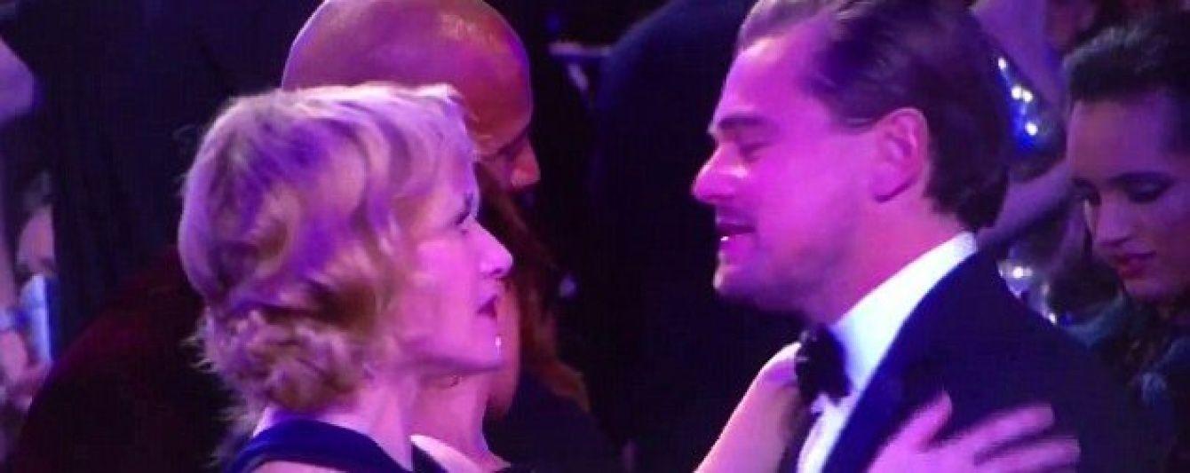 """Зворушливий момент: Кейт Вінслет заобіймала Леонардо ДіКапріо, згадавши часи """"Титаніка"""""""