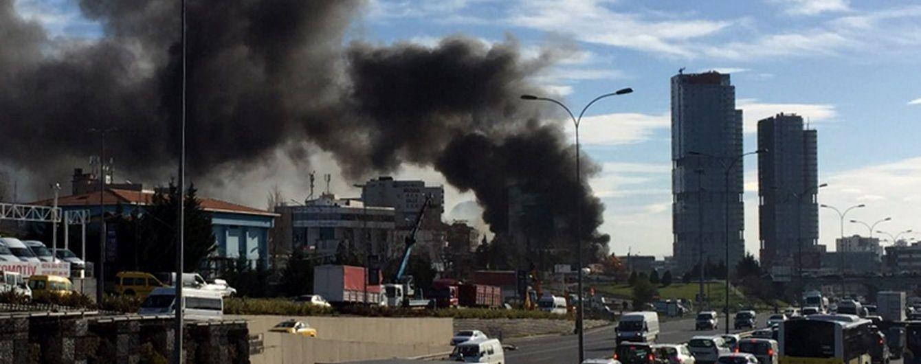 Масштабну пожежу в готелі у передмісті Стамбула локалізували