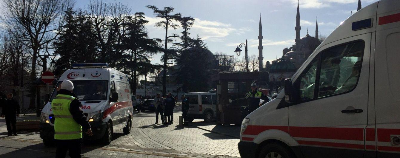 Турецький прем'єр назвав відповідальних за теракт у Стамбулі