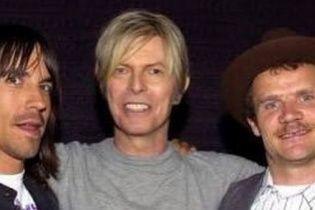 Учасник Red Hot Chili Peppers набив тату на честь Девіда Боуї