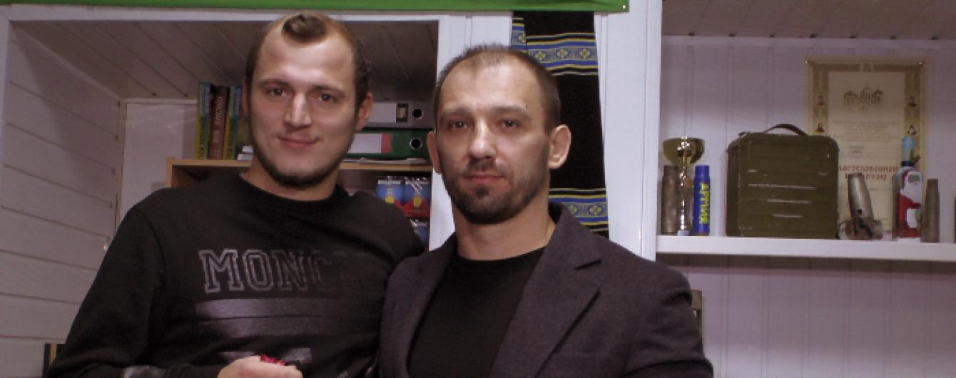 """Форварду """"Дніпра"""" повернули медаль Ліги Європи, яку він пожертвував заради армії"""