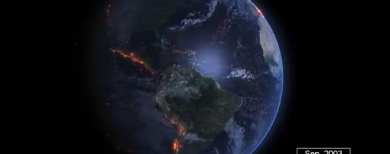 Погляд з космосу: у Мережі показали 15 років землетрусів у хвилинному відео