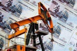 Синхронне падіння. Дешева нафта знову потягнула російський рубль донизу