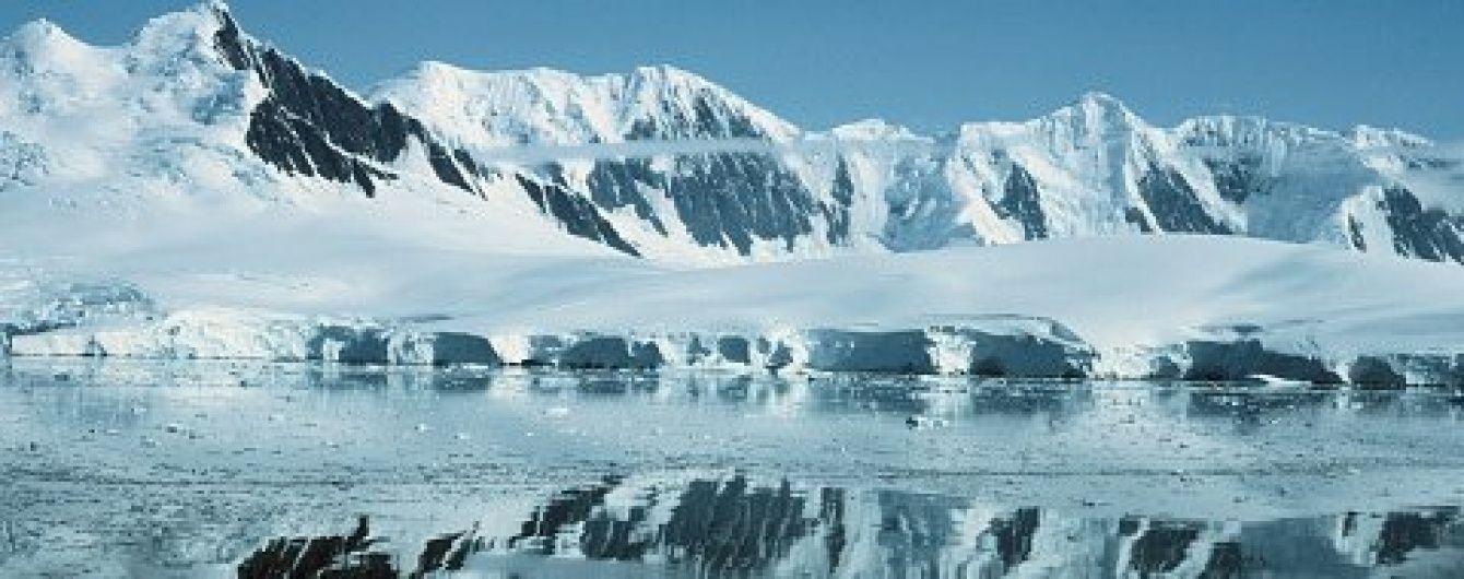 Учені знайшли під кригою Антарктиди найбільший каньйон на Землі