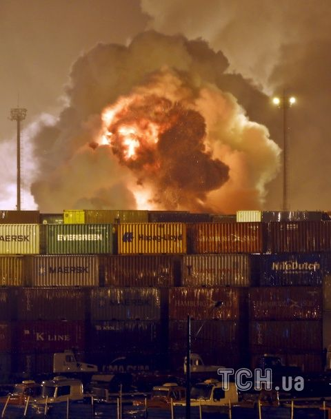У Бразилії на хімскладі пролунав потужний вибух: небо затягнула величезна токсична хмара