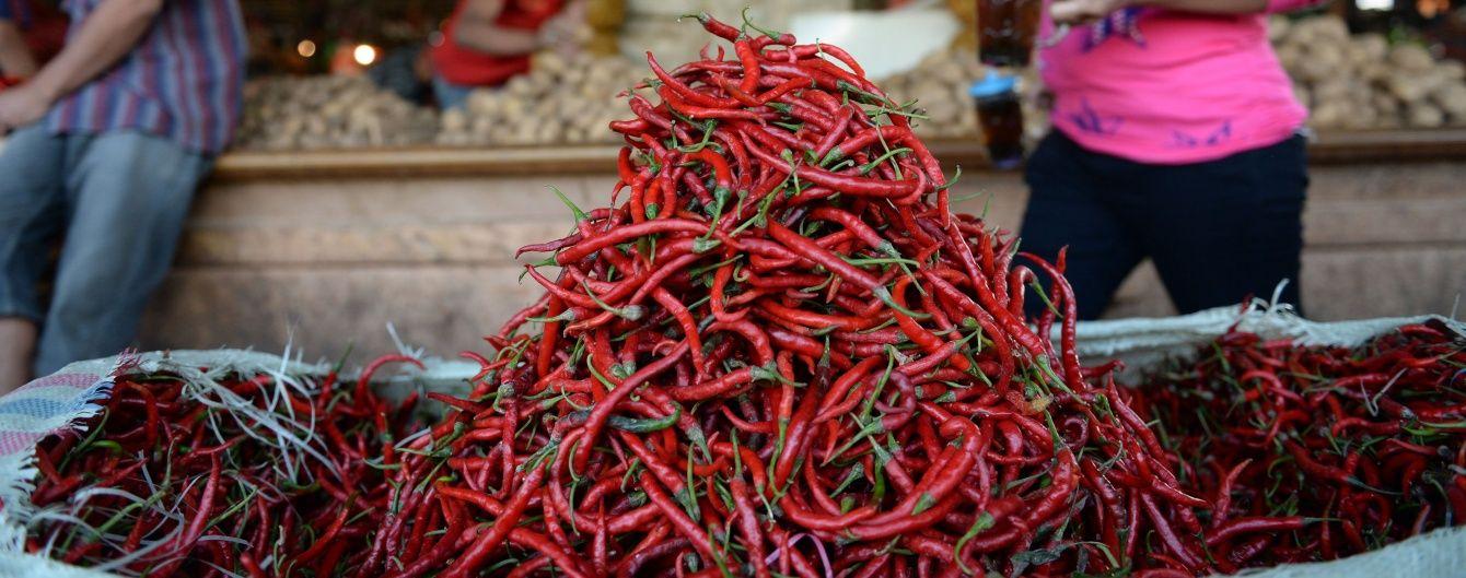 У Нью-Йорку встановили новий світовий рекорд з поїдання перців чилі